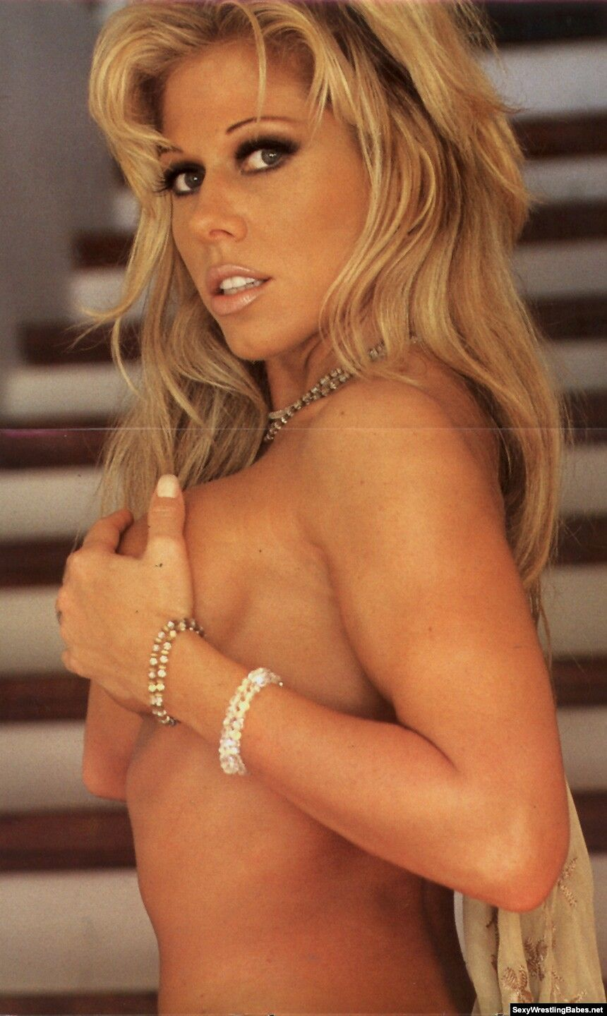 naked pictures of terri runnels